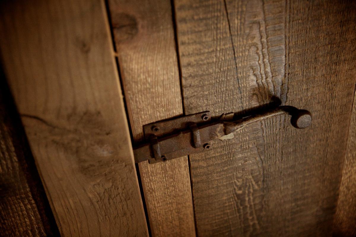 Recupero dal vecchio arredo chalet arredamento su for Arredamento chalet legno